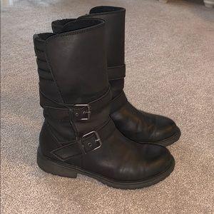 Black Roxy combat Boots